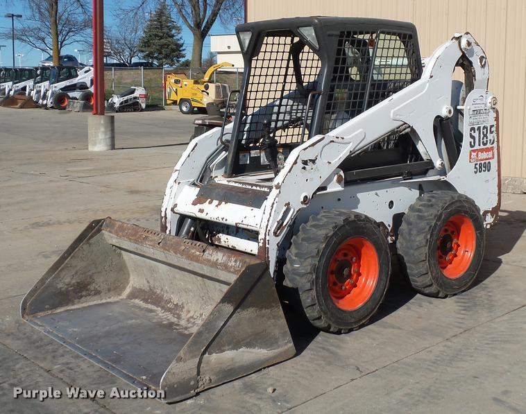 2011 Bobcat S185 skid steer