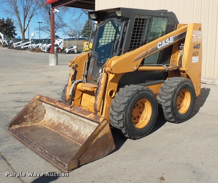 2007 Case 440 skid steer