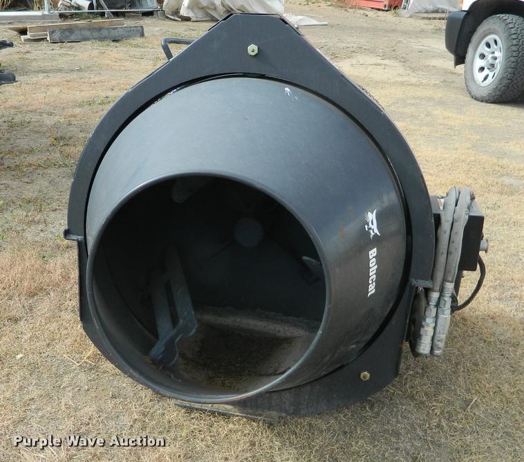 Bobcat skid steer cement mixer