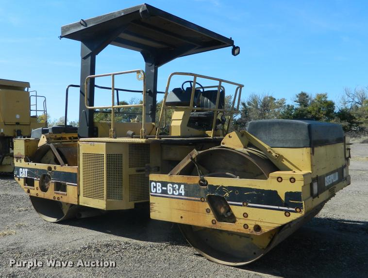 1996 Caterpillar CB634 double drum vibratory roller
