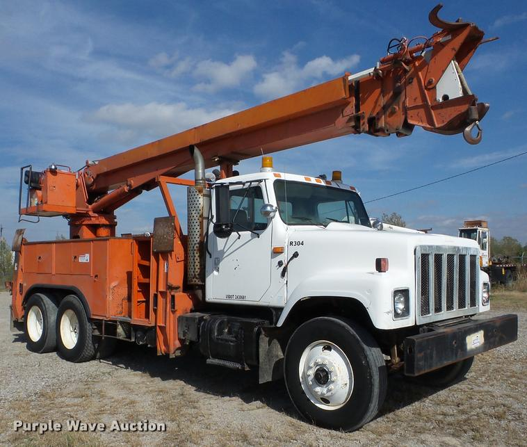 1992 International 2574 bucket truck