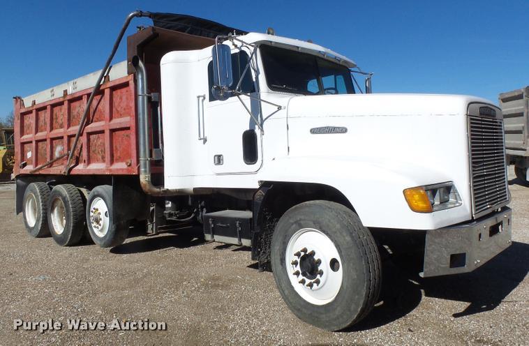 1992 Freightliner FLD dump truck