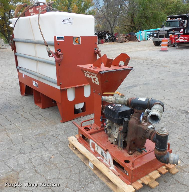 2006 Ditch Witch FM13 mixer and pump