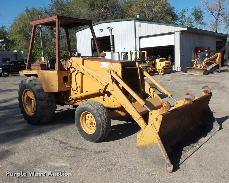 1983 Case 480D landscape tractor