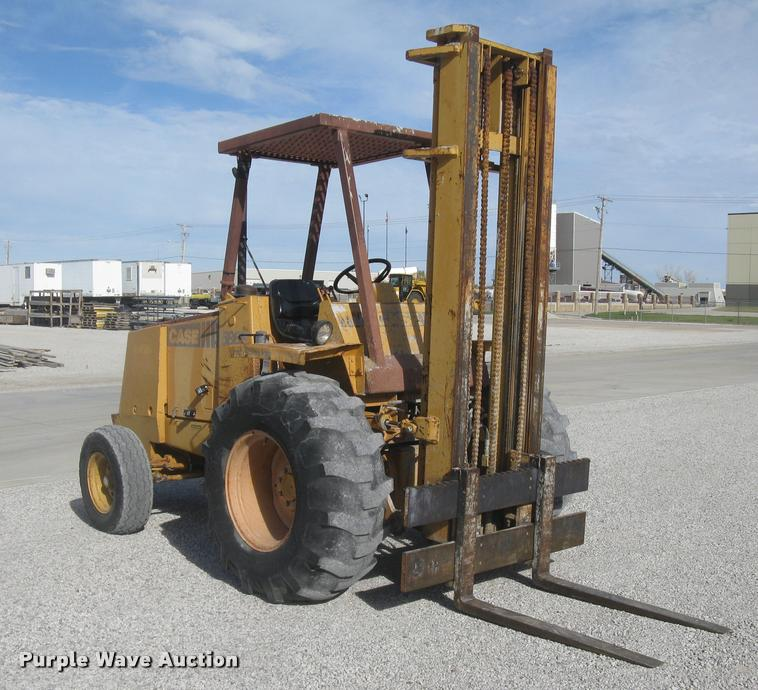 Case 586E Construction King forklift
