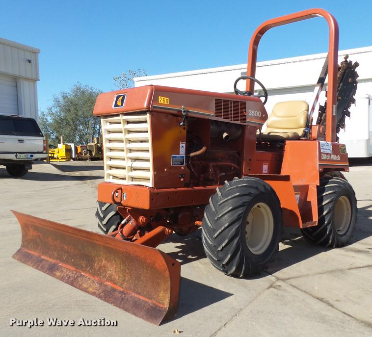 1995 Ditch Witch 3500 trencher