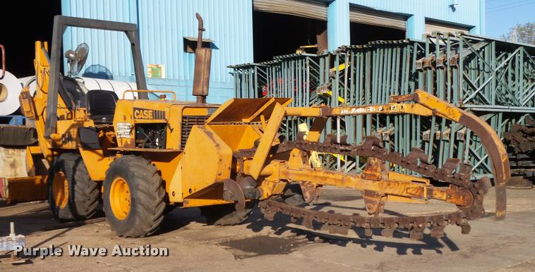 1979 Case DH4 trencher