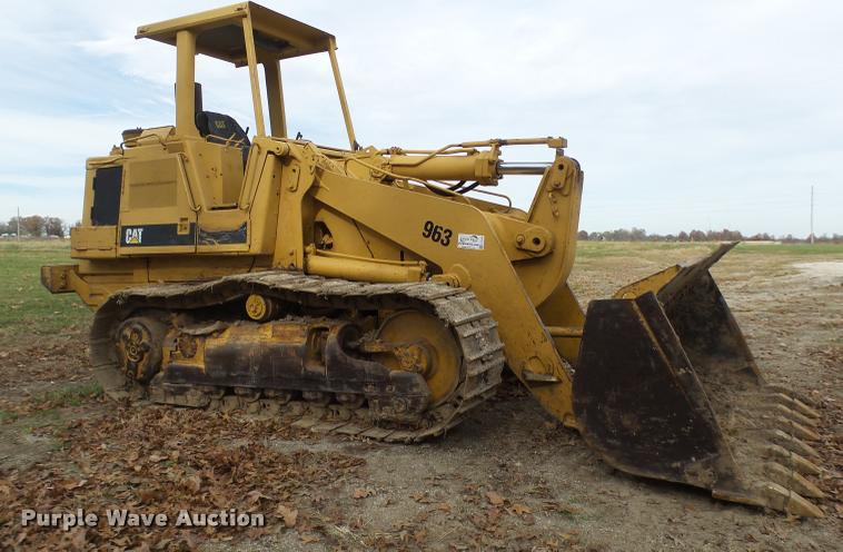 1986 Caterpillar 963 track loader