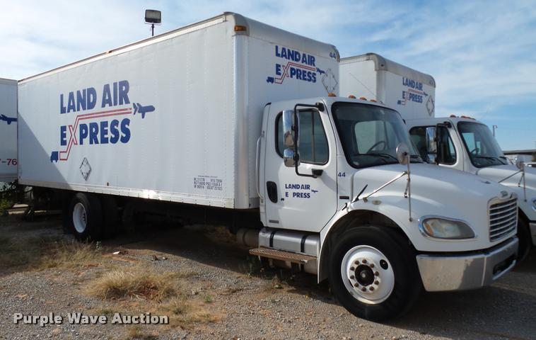 2006 Freightliner Business Class M2 box truck