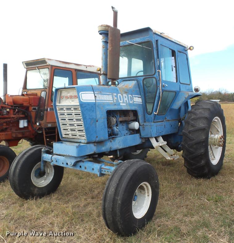 1968 Ford 9600 tractor
