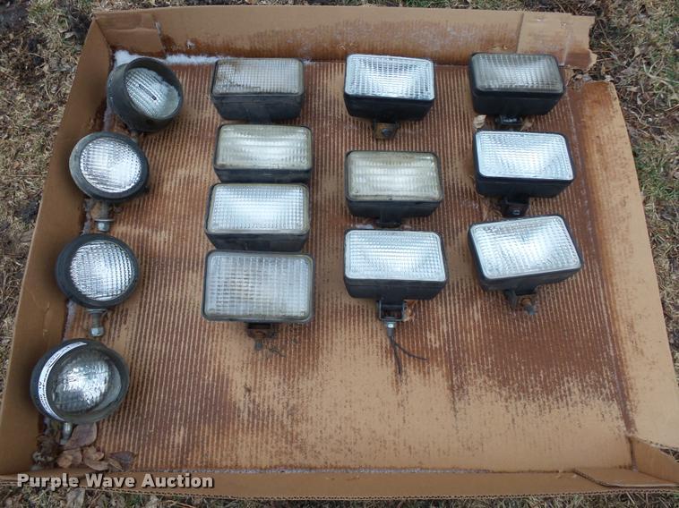(14) tractor lights