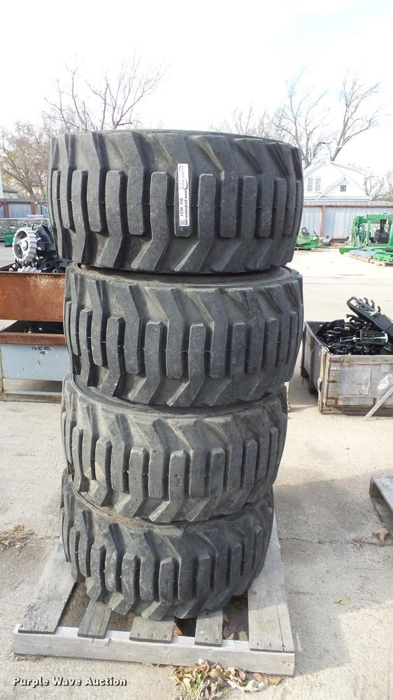 (4) Titan 33x15.50-16.5 tires and wheels