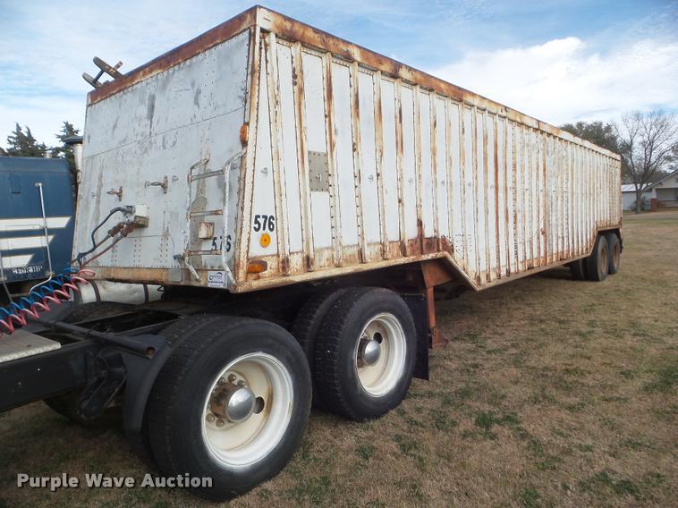 1972 Hobbs double hopper grain trailer