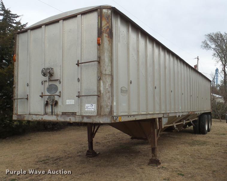 1976 Dorsey double hopper grain trailer