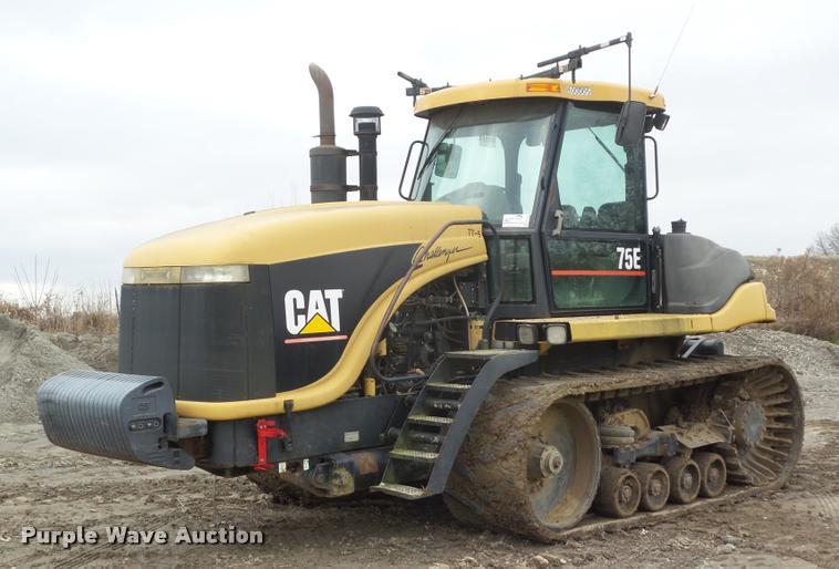 2000 Caterpillar Challenger 75E tractor