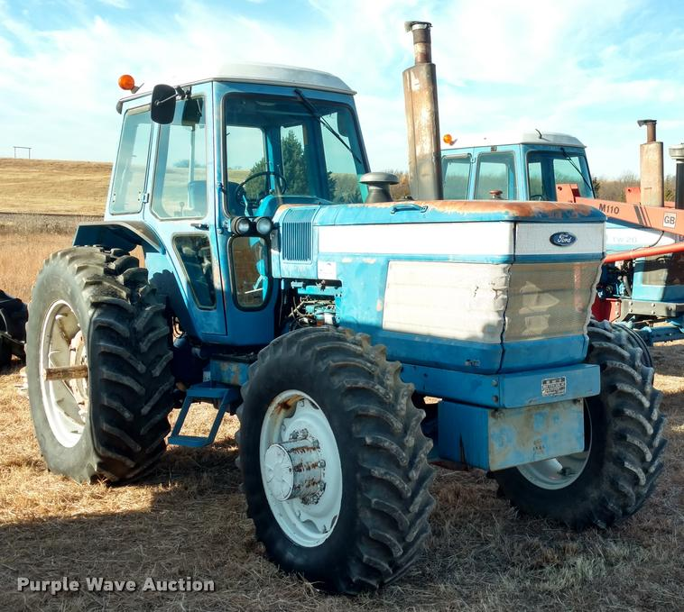 1985 Ford TW35 MFWD tractor