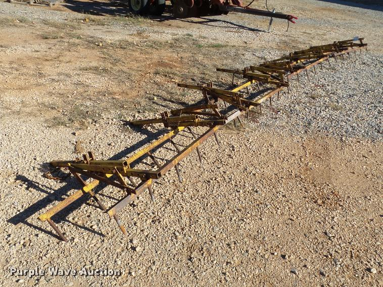 (4) 5' rigid steel harrows