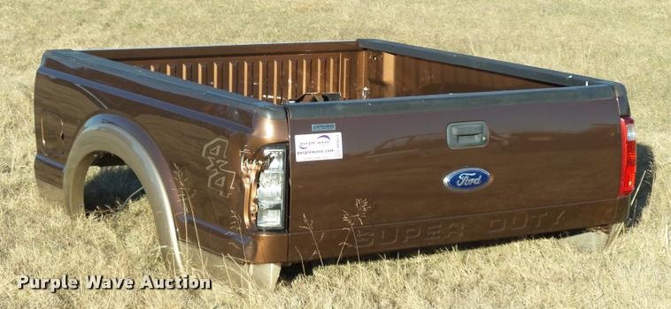 Ford Super Duty pickup truck bed