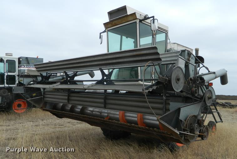 Gleaner A combine