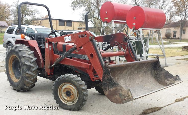 1960 Case IH 275 MFWD tractor