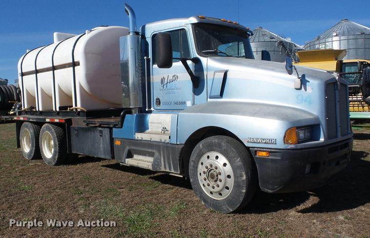 1990 Kenworth T600 tank truck