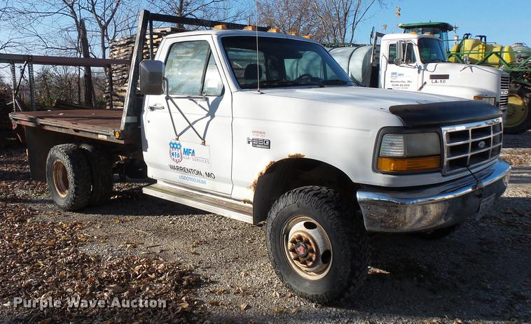 1993 Ford F350 flatbed pickup truck