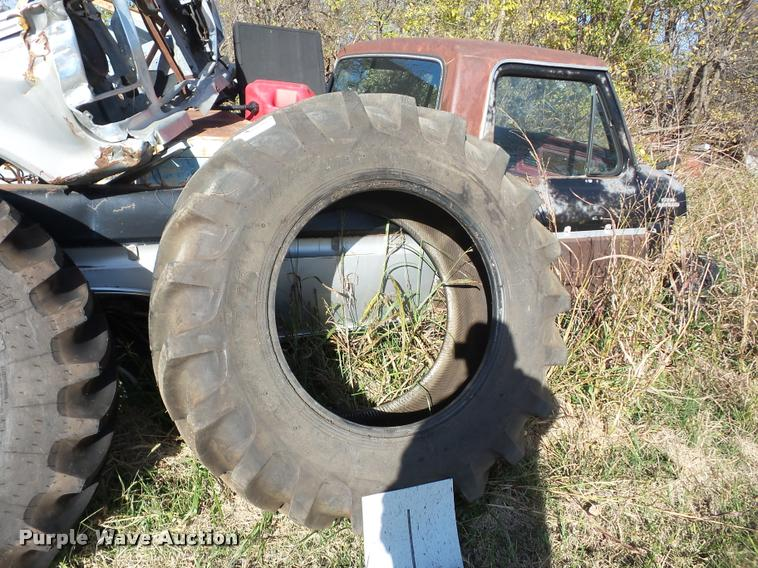 Galaxy 16.9R30 tire