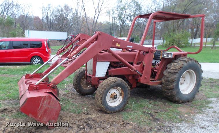 Massey Ferguson T2500D-R tractor