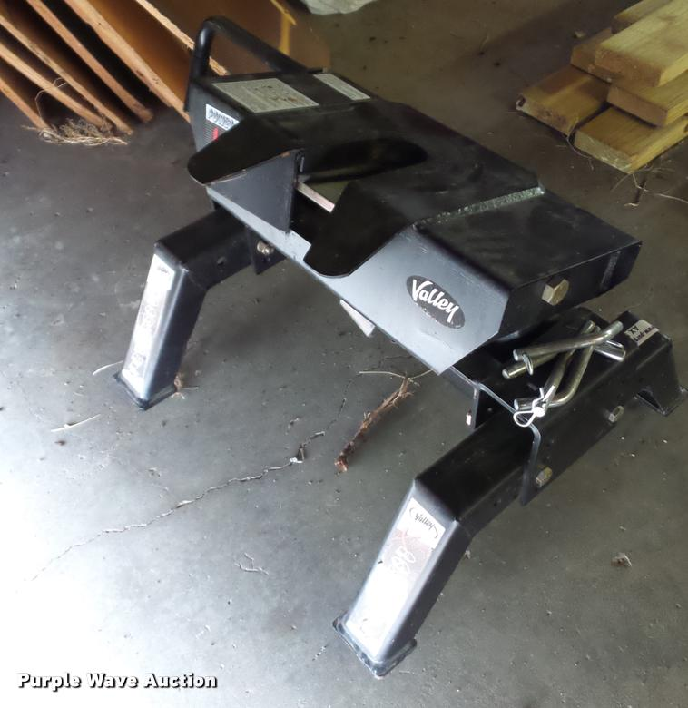 Power Pull Extreme fifth wheel hitch