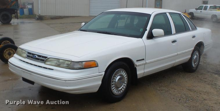 1995 Ford Crown Victoria Police Interceptor