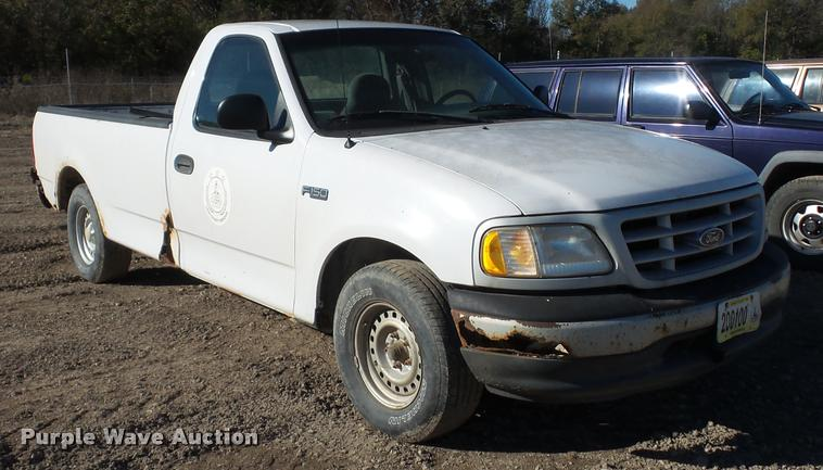 1999 Ford F150 pickup truck