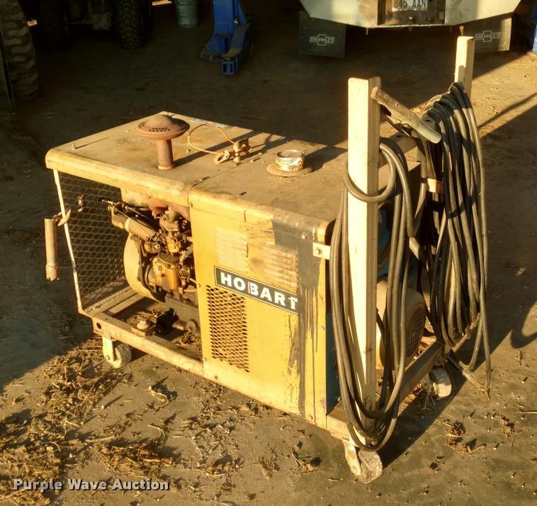 Hobart G-213 welder/generator