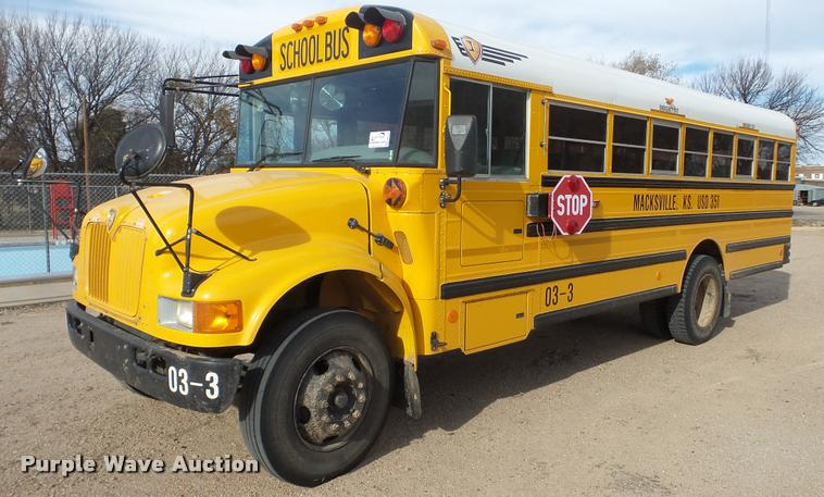 2004 International CE school bus