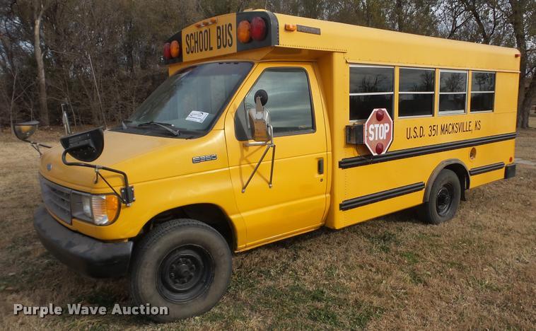 1993 Ford Econoline E350 school bus
