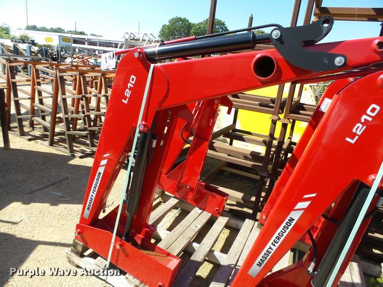 Massey Ferguson L210 loader