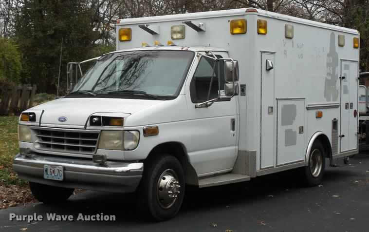 1993 Ford Econoline E350 ambulance