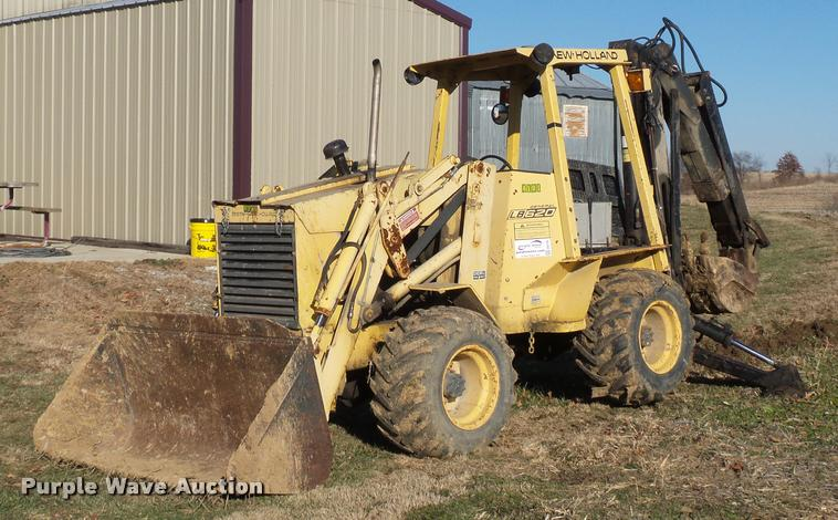 New Holland LB620 articulated backhoe