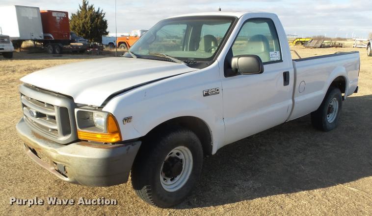 1999 Ford F250 Super Duty pickup truck