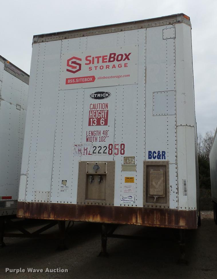 1990 Strick dry van trailer