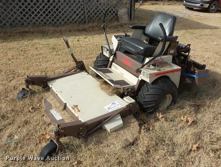 Grasshopper 725 lawn mower