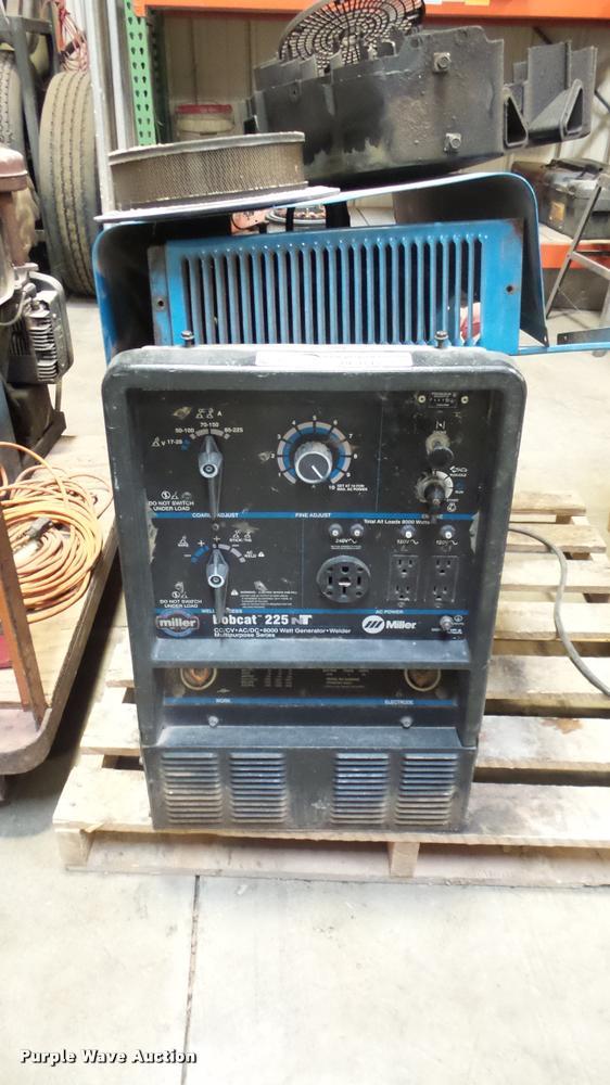 Bobcat 225 welder/generator
