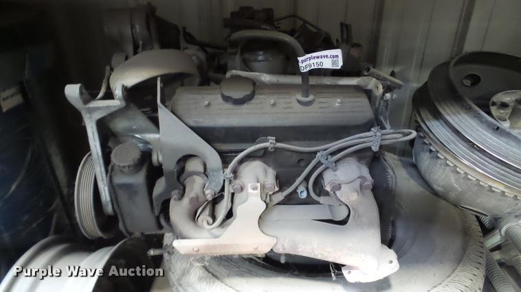 Six cylinder gas engine