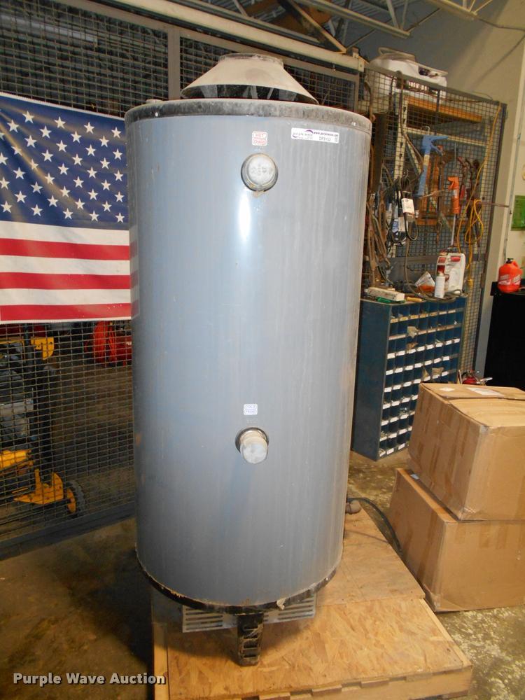 Rheam-Rudd gas water heater