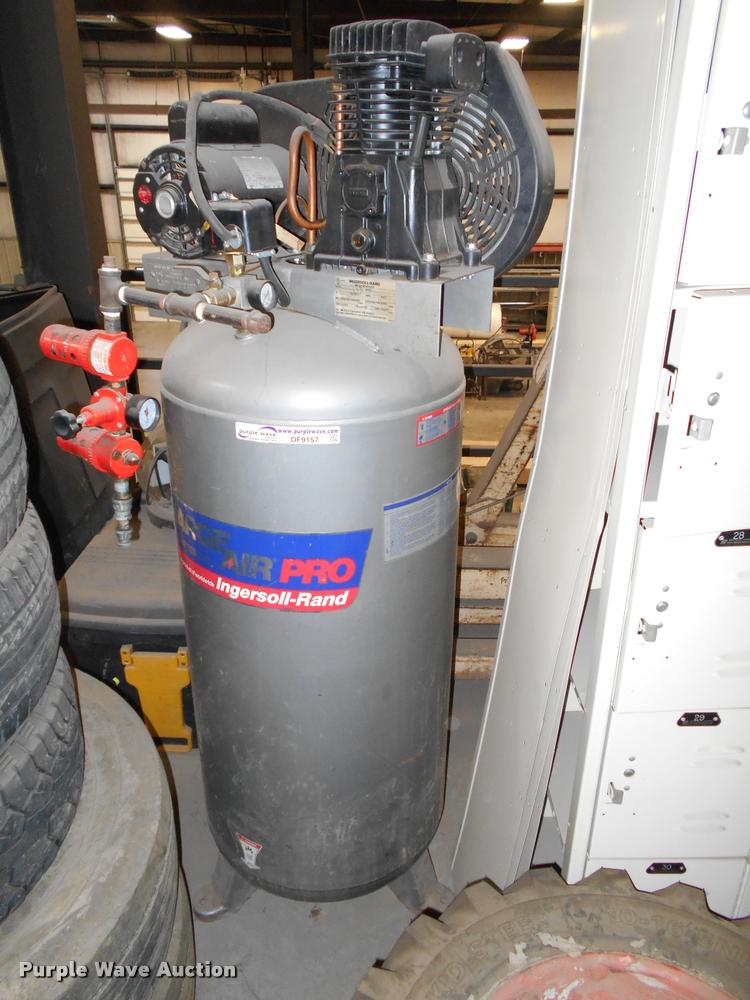 Ingersoll Rand Charge Air air compressor
