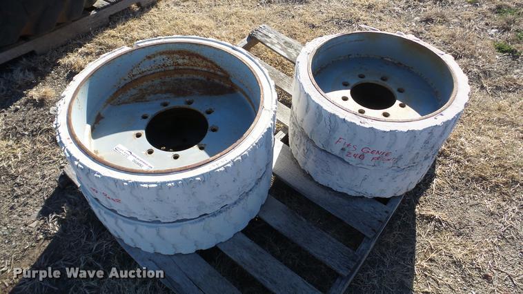 (4) Genie Z40 boom lift wheels