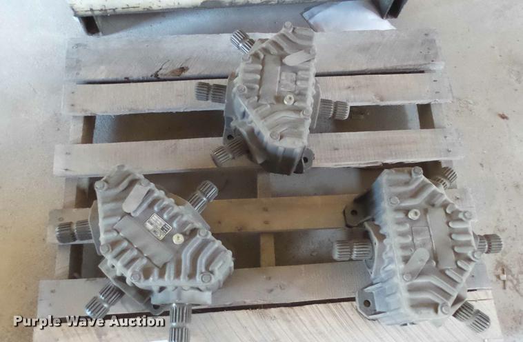 (3) Comer splitter gearboxes