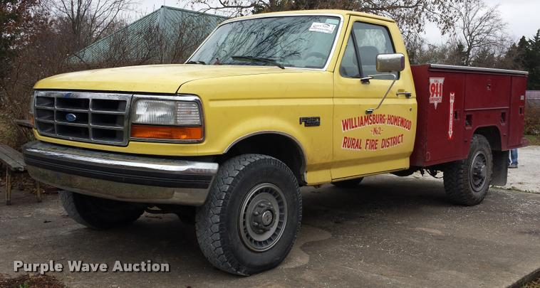 1993 Ford F250 XLT utility truck