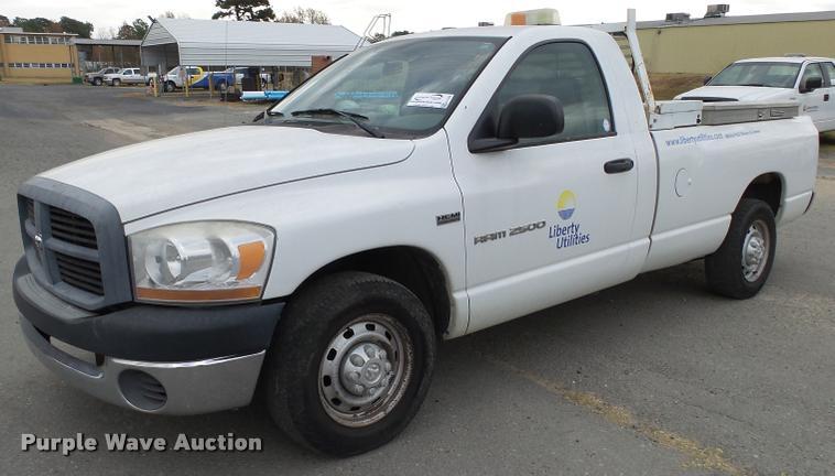 2006 Dodge Ram 2500 pickup truck