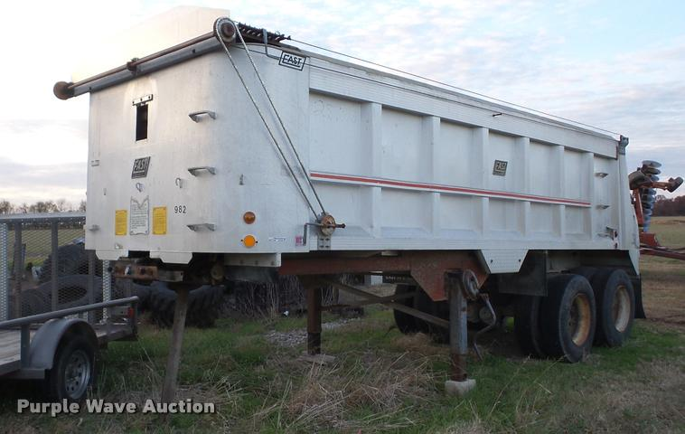 1987 East end dump trailer