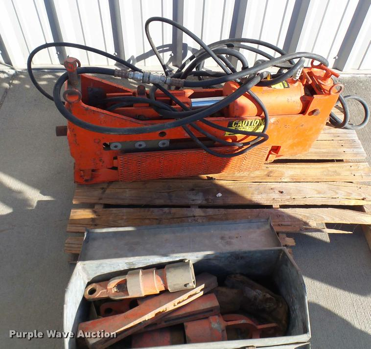 Elephant Industries E5M hydraulic pipe pusher